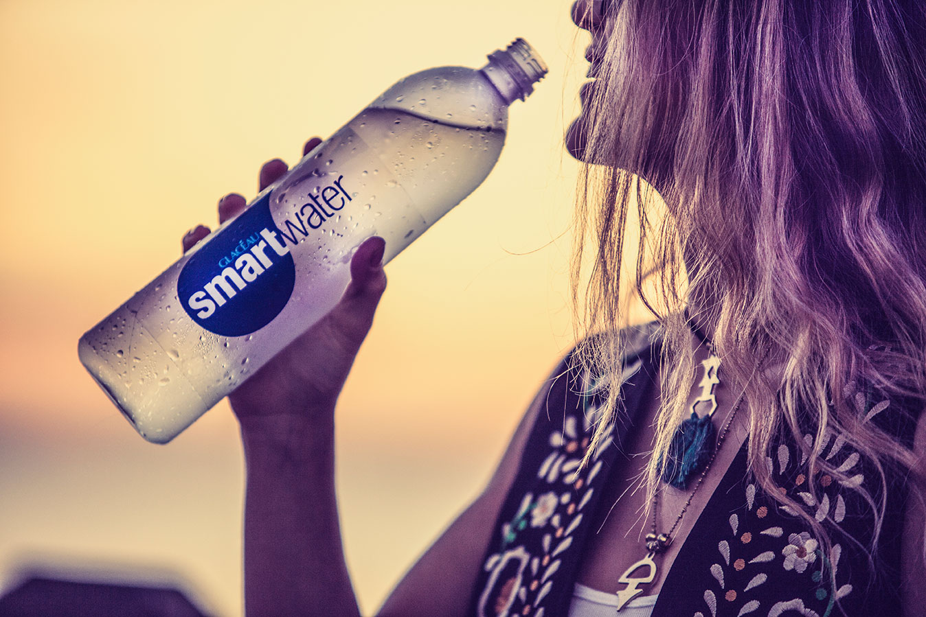 "<a href=""category-5-ADVERTISING"">SMART WATER BEACH</a>"